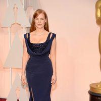 Jessica Chastain posa en la alfombra roja de los Oscar 2015