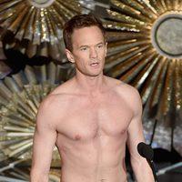Neil Patrick Harris parodia a Michael Keaton en 'Birdman' en la gala de los Oscar 2015