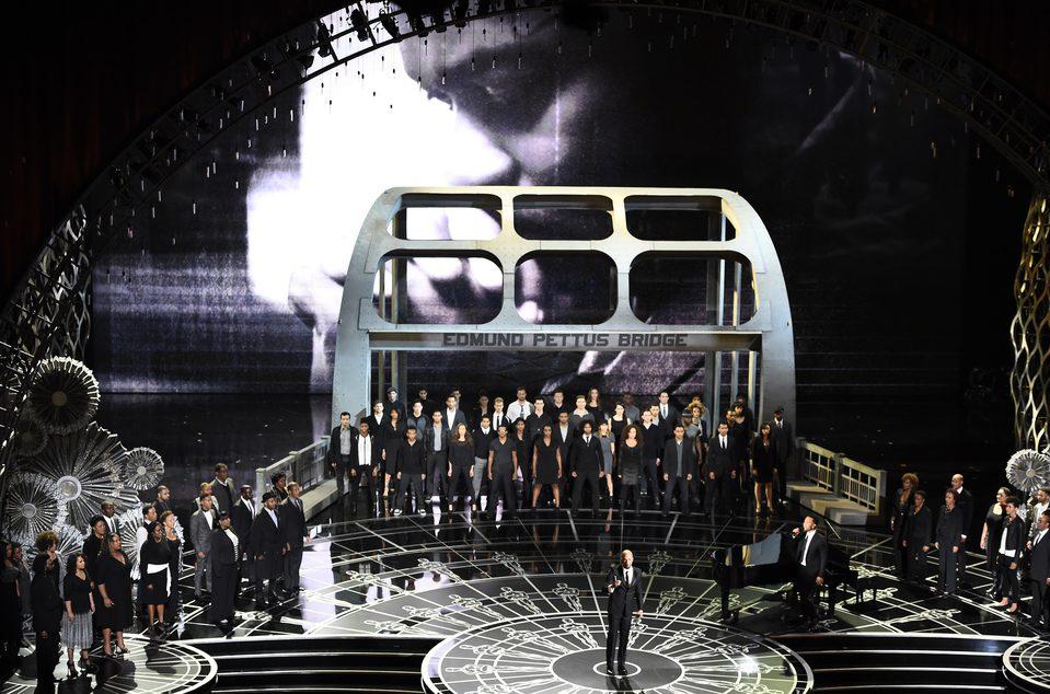 John Legend y Common interpretan 'Glory' en la gala de los Oscar 2015