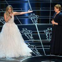 Lady Gaga y Julie Andrews sobre el escenario de los Oscar 2015