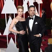 Mark Ruffalo y su mujer en la alfombra roja de los Oscar 2015