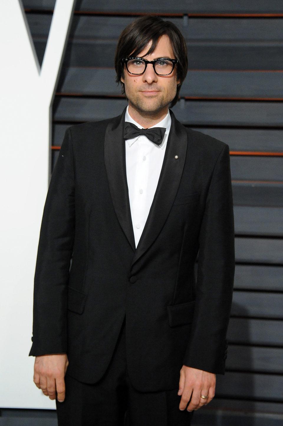 Jason Schwartzman en la alfombra roja de los Oscar 2015