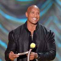Dwayne Johnson durante la ceremonia de los MTV Movie Awards 2015