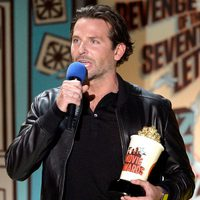 Bradley Cooper durante la ceremonia de los MTV Movie Awards 2015