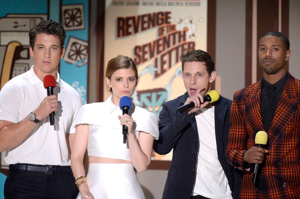 El reparto de 'Cuatro Fantásticos' durante la ceremonia de los MTV Movie Awards 2015