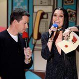 Mark Wahlberg y Jessie J durante la ceremonia de los MTV Movie Awards 2015