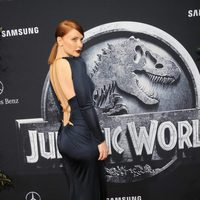 Bryce Dallas Howard luce vestido en la premiere de 'Jurassic World'