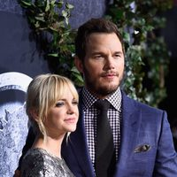 Anna Faris and Chris Pratt at the 'Jurassic World' premiere in Hollywood
