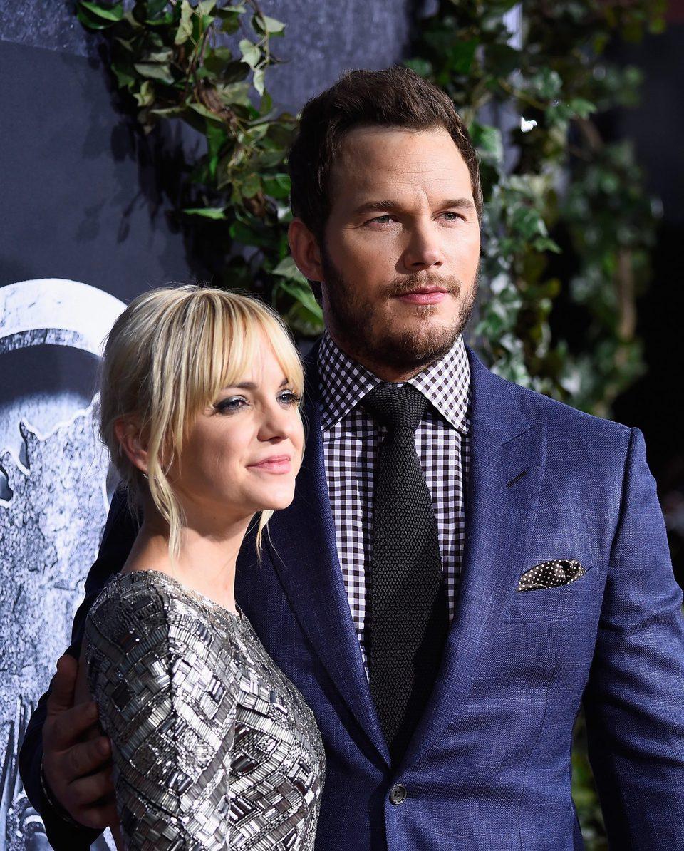 Anna Faris y Chris Pratt posan juntos en la premiere de 'Jurassic World'