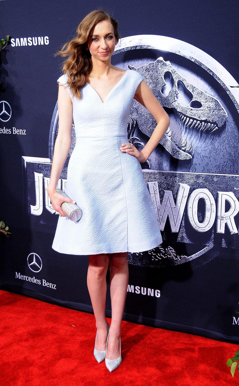 Lauren Lapkus asiste a la premiere de 'Jurrasic World' en Los Ángeles