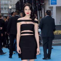 Emma Miller posa en la alfombra azul de la premiere europea de 'Entourage'