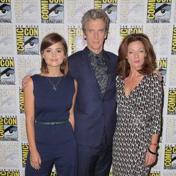 Jenna Coleman, Peter Capaldi y Michelle Gomez en la Comic-Con 2015