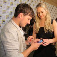 Jennifer Lawrence and Josh Hutcherson joking at Comic-Con 2015