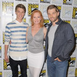 Marg Helgenberger, Mike Vogel y Colin Ford en la Comic-Con 2015