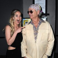 Jennifer Lawrence alucina al conocer a Bill Murray en la Comic-Con 2015