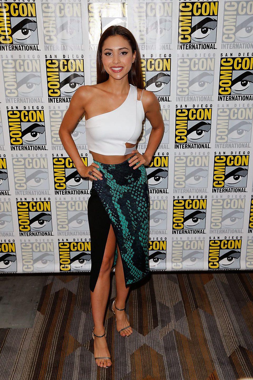 Lindsey Morgan At The Comic Con 2015 Photos At Movie N Co