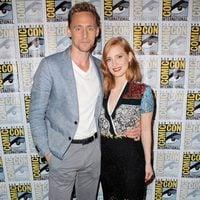 Tom Hiddleston y Jessica Chastain en la Comic-Con 2015