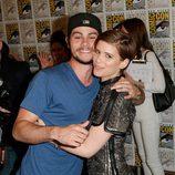 Dylan O'Brien y Kate Mara en la Comic-Con 2015
