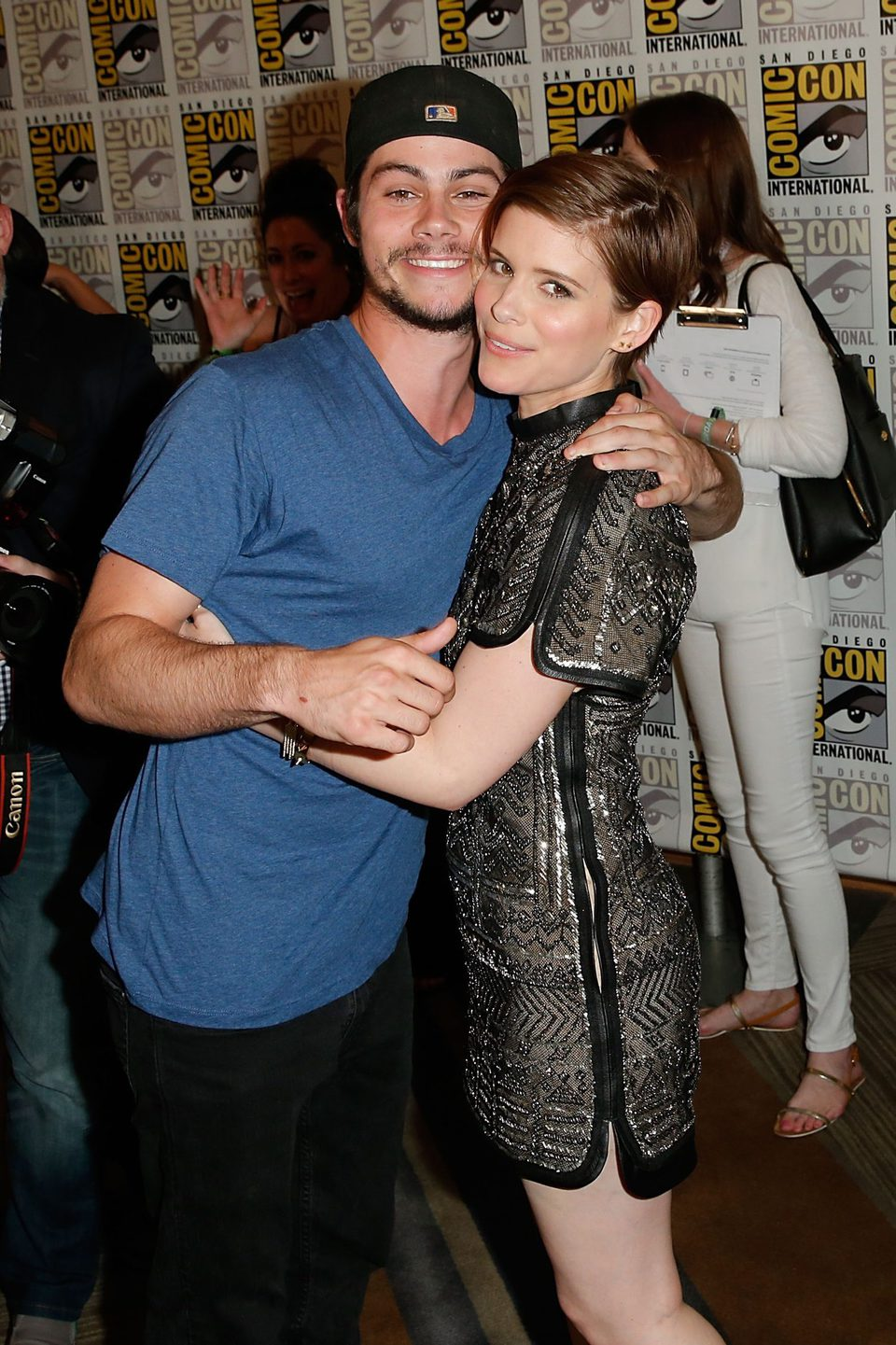 Dylan O'Brien y Kate Mara en la Comic-Con 2015