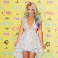 Britney Spears posa en la alfombra roja de los Teen Choice Awards