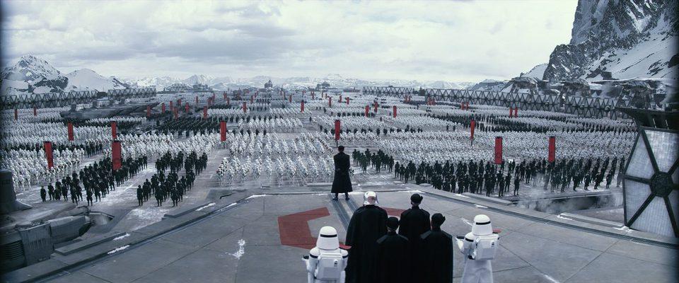 Star Wars: Episodio VII - El despertar de la fuerza, fotograma 3 de 47