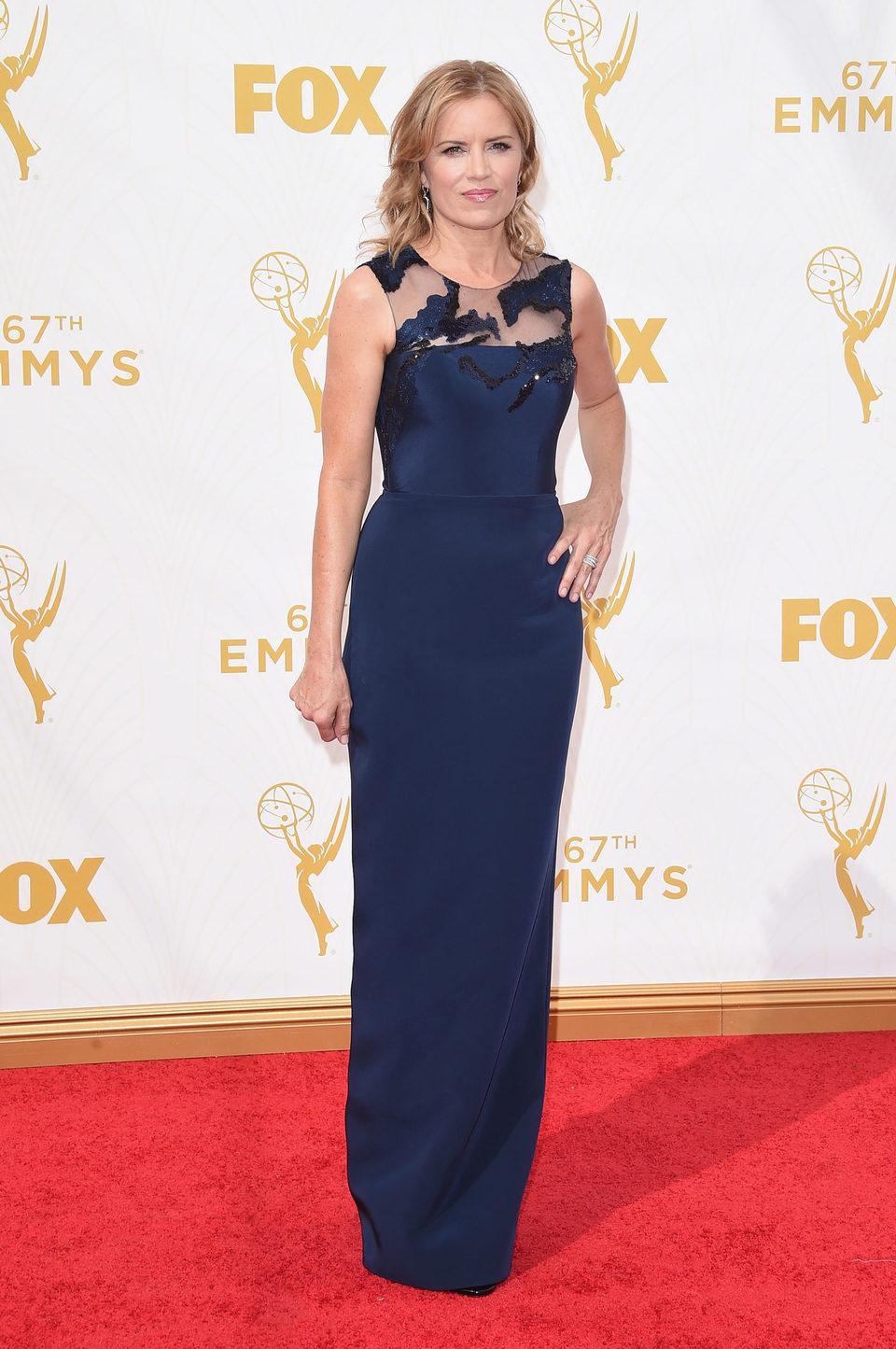 Kim Dickens en la alfombra roja de los Emmy 2015