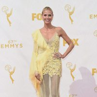 Heidi Klum en la alfombra roja de los Emmy 2015