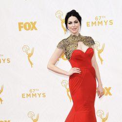 Laura Prepon en la Alfombra roja de los Premios Emmy 2015