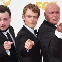 John Bradley-West, Alfie Allen and Conleth Hill at the red carpet of the 2015 Emmys