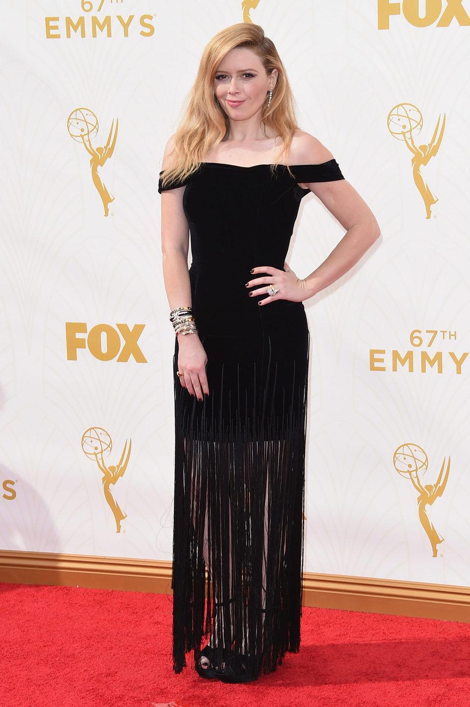 Natasha Lyonne en la alfombra roja de los Premios Emmy 2015