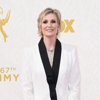 Jane Lynch en la alfombra roja de los Premios Emmy 2015