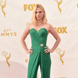 January Jones en la alfombra roja de los Premios Emmy 2015