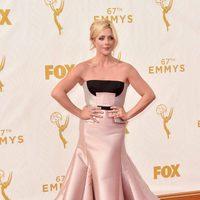 Jane Krakowski en la alfombra roja de los Premios Emmy 2015