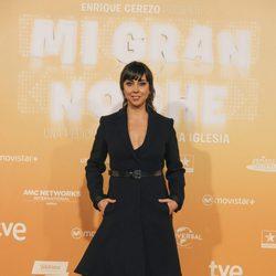 Carmen Ruiz luce un largo vestido negro en la premiere de 'Mi gran noche'