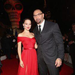 Dave Bautista y Lea Seydoux en la premiere de 'Spectre' en Mexico