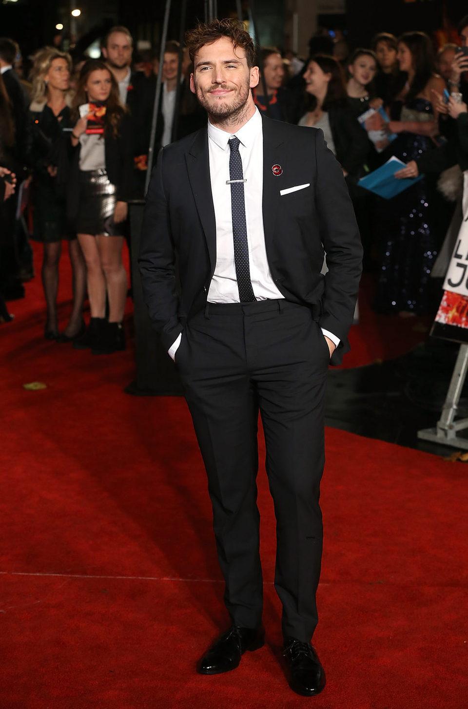 Sam Claflin asiste a la premiere londinense de 'Los Juegos ...