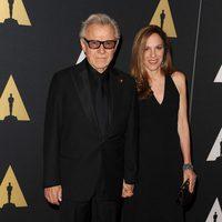 Harvey Keitel y su esposa en los Governor's Awards 2015