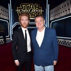 Domhnall y Brendan Gleeson en la premiere de 'Star Wars: El despertar de la fuerza'