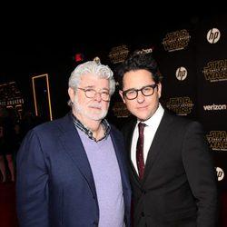 George Lucas y J.J. Abrams en la premiere de 'Star Wars: El despertar de la fuerza'