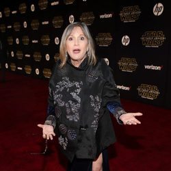 Carrie Fisher en la premiere de 'Star Wars: El despertar de la fuerza'
