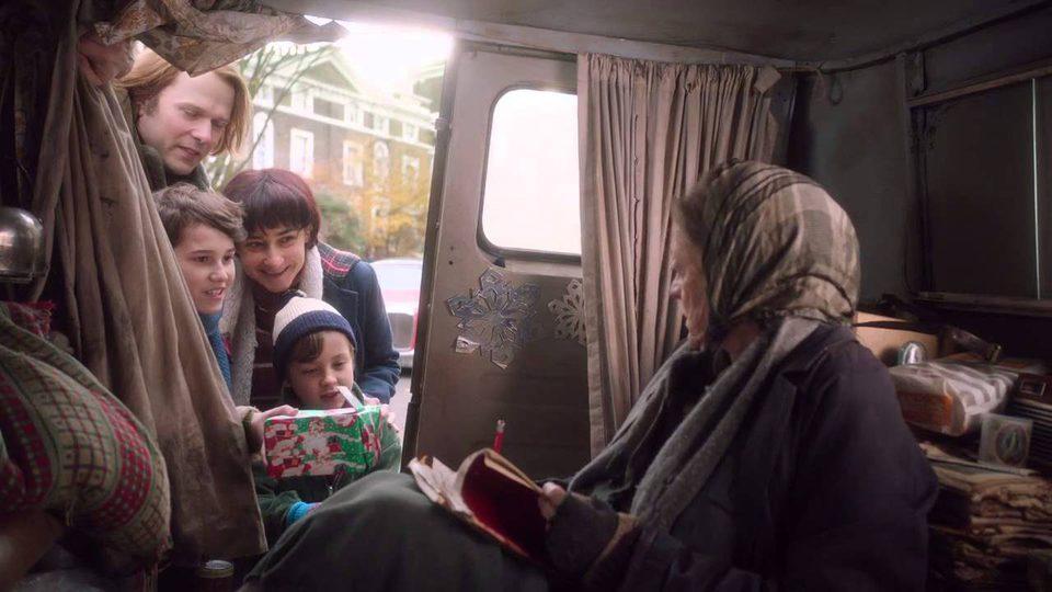 The Lady in the Van, fotograma 4 de 19