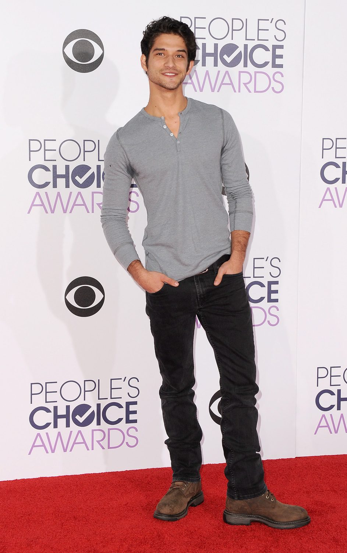 Tyler Posey en los People's Choice Awards 2016