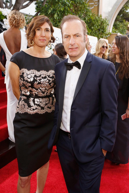 Bob Odenkirk y Naomi Odenkirk en la alfombra roja de los Globos de Oro 2016