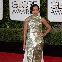 Regina King in the 2016 Golden Globes red carpet