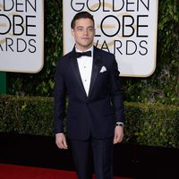 Rami Malek at the 2016 Golden Globes red carpet