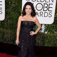 Julia Louis-Dreyfus in the 2016 Golden Globes red carpet