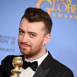 Sam Smith gana el Globo de Oro por 'Writings on the Wall'