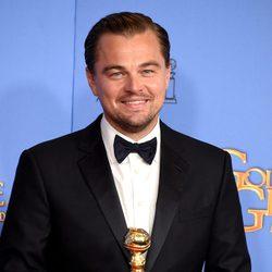 Leonardo DiCaprio gana el Globo de Oro por 'El renacido'