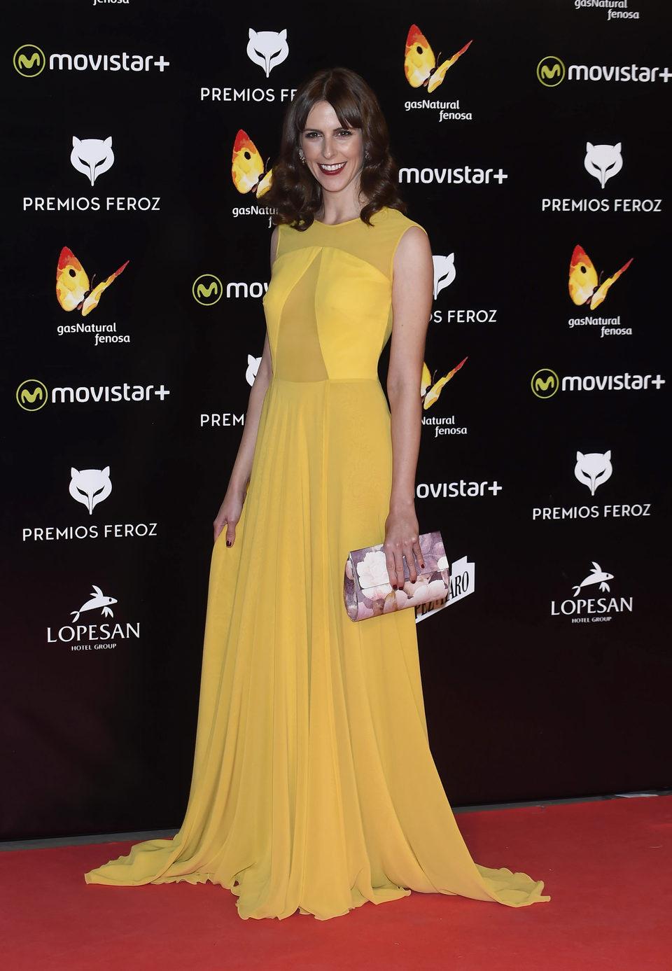 Bárbara Santa-Cruz en la alfombra roja de los Premios Feroz 2016