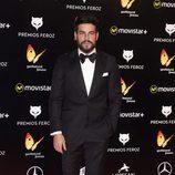 Mario Casas en la alfombra roja de los Premios Feroz 2016